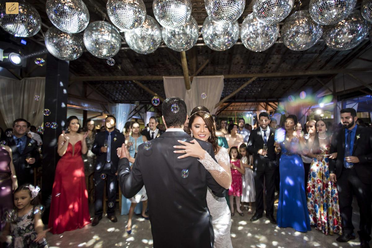 Foto de Adriana e Fábio