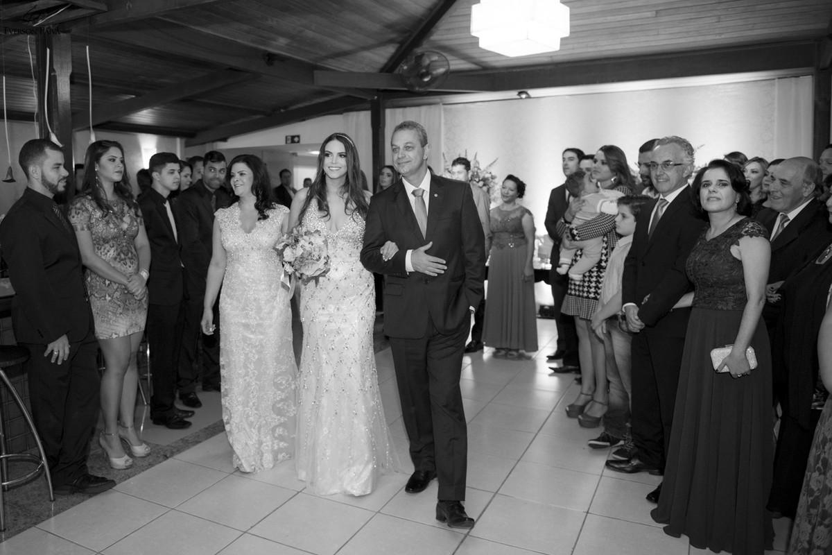 Foto de Gabi Conelly e Thiago Reis