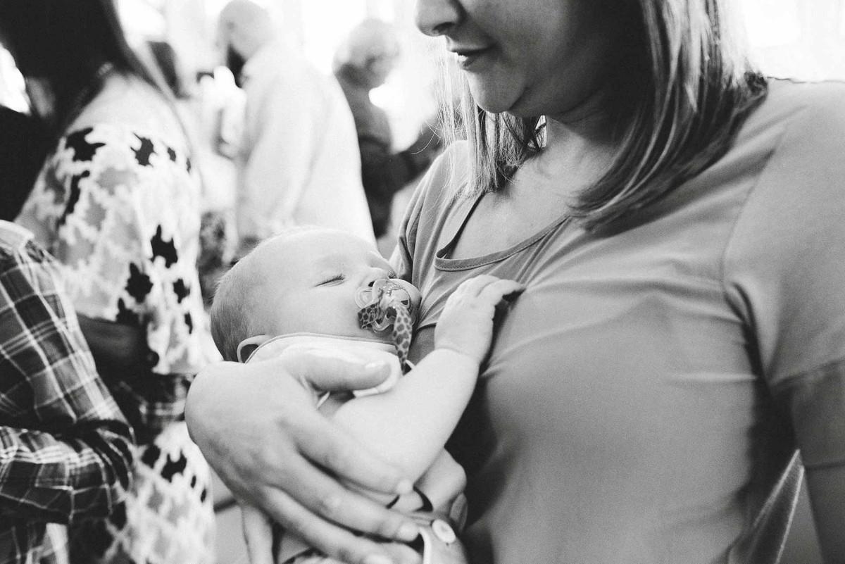 fotografia de batizado curitiba, fotografo para batizado curitiba, batizado em Curitiba, ensaio familia curitiba, book familia curitiba, ensaio fotografico familia