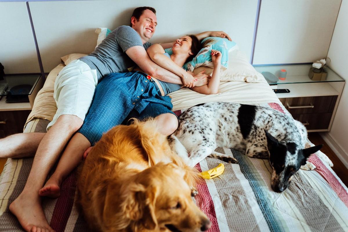 ensaio-fotografico-familia-curitiba, ensaio-com-cachorro-curitiba, ensaio-pet-curitiba, ensaio-casal-curitiba, book-casal-curitiba, ensaio-familia-curitiba
