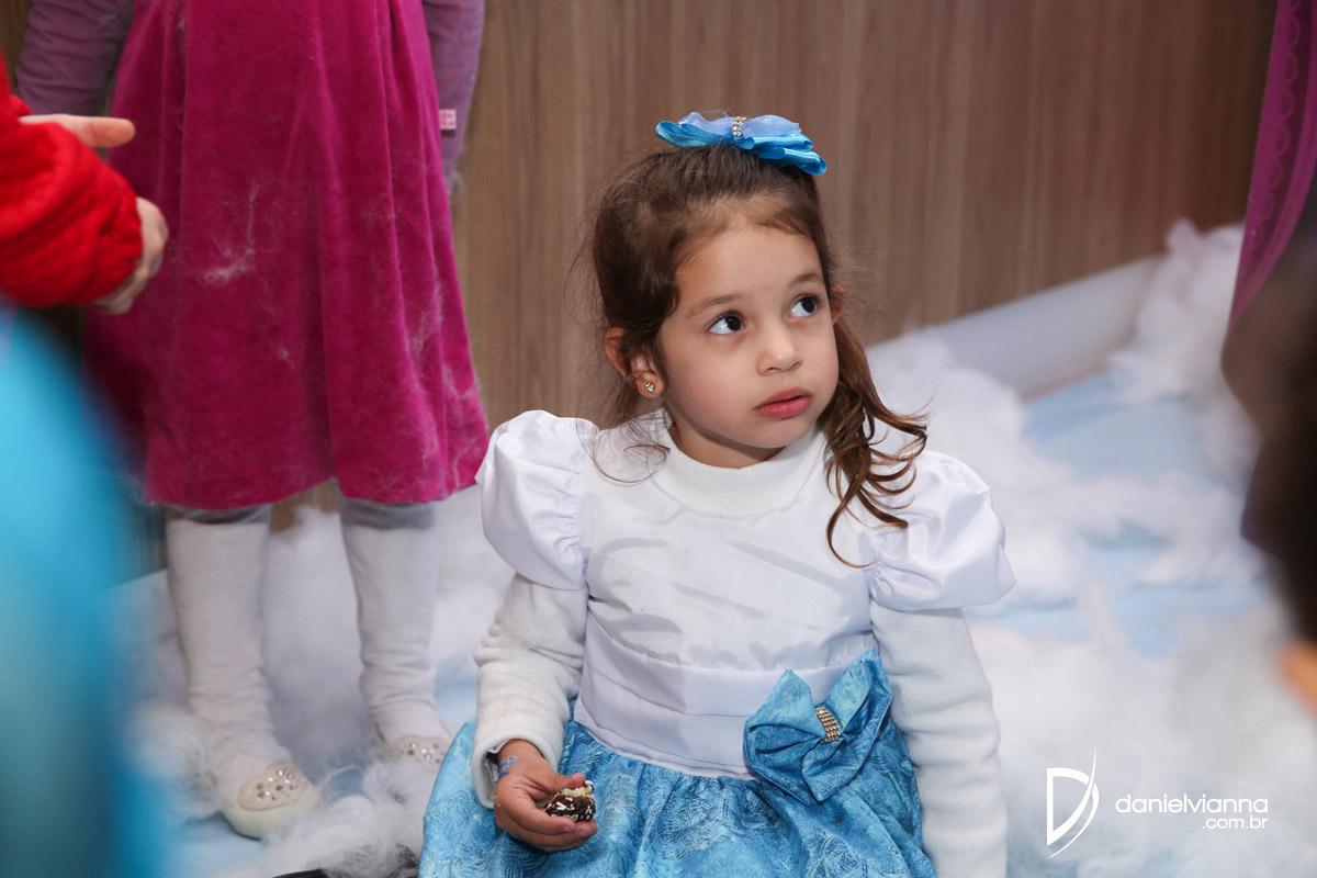 Foto de 4 Anos Lara