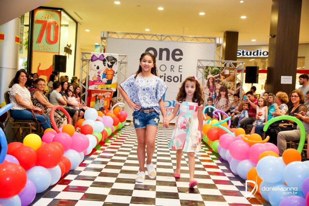 Foto de 1º Desfile Primavera Verão Via Catarina