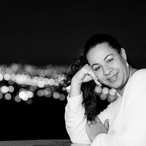 Sobre Cris Gomes Estudio e Fotografia