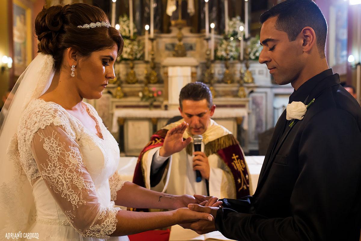 A benção do padre no casamento - Rio de Janeiro