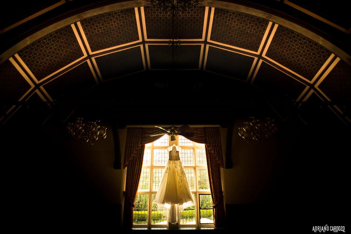 Lindo vestido de noiva - Making of em Londres