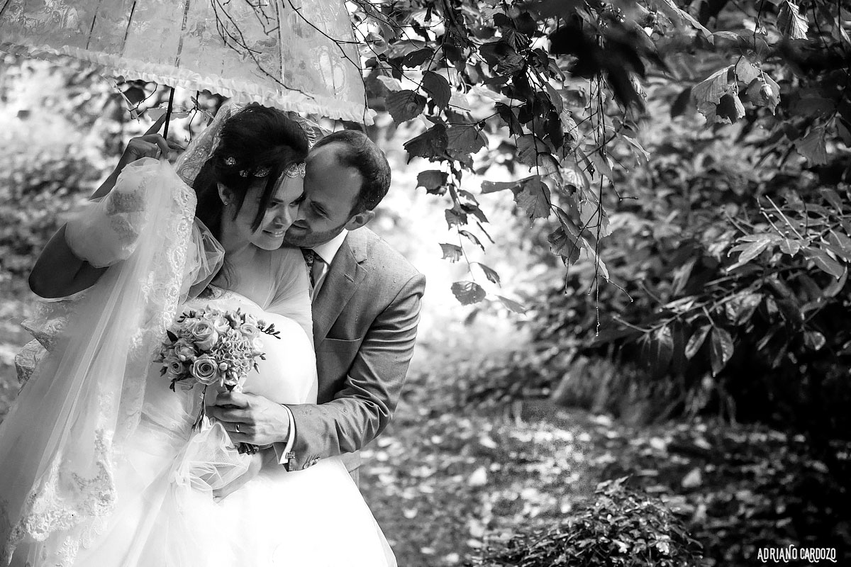 Noivos apaixonados - Casamento em Londres