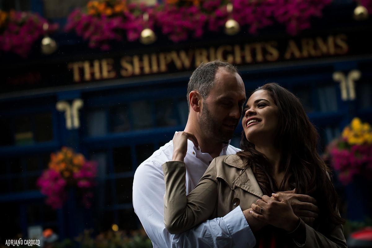 Ensaio fotográfico de noivos em Londres