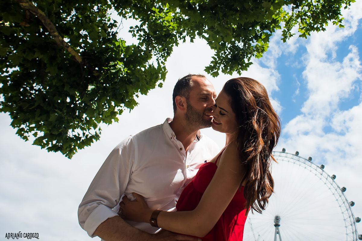 Beijo dos noivos em Londres