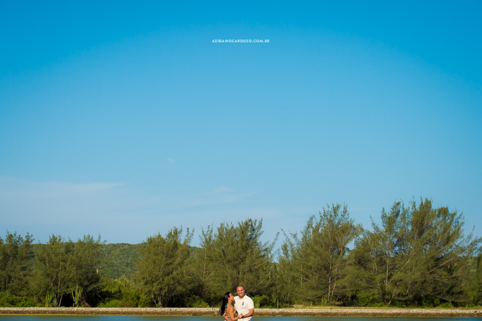 Fotografia de casamento RJ em Cabo Frio, ensaio de casal pré-wedding por Adriano Cardozo