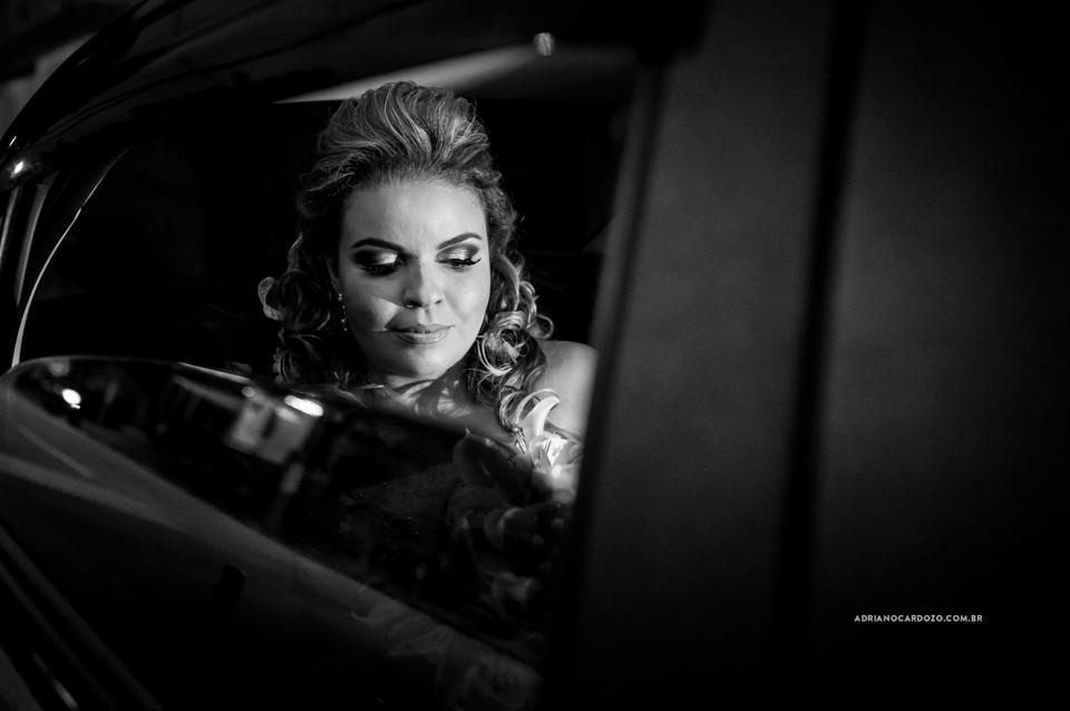 Fotografia de Casamento no RJ com Making Of da Noiva feita na casa de festa Festmel na Penha por Adriano Cardozo