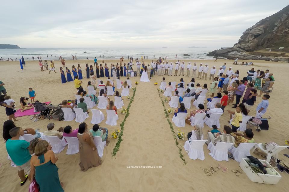 Casamento em Búzios na praia de Geribá no Rio de Janeiro por Adriano Cardozo