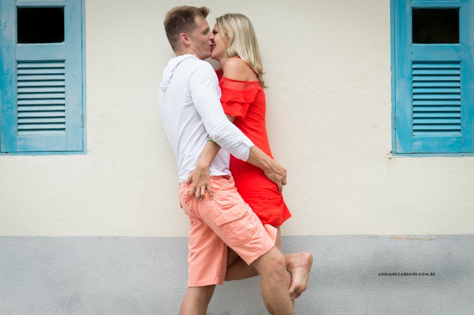Fotos pré-wedding de ensaio de casal em Angra dos Reis por Adriano Cardozo
