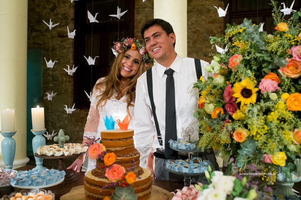 Mesa do Bolo. Fotografia de Casamento RJ. Casamento na Capela Nossa Senhora das Graças, em Botafogo por Adriano Cardozo.