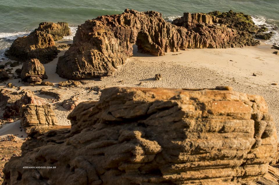 Pedra Furada - Ensaio de casal em Jericoacoara-CE por Adriano Cardozo