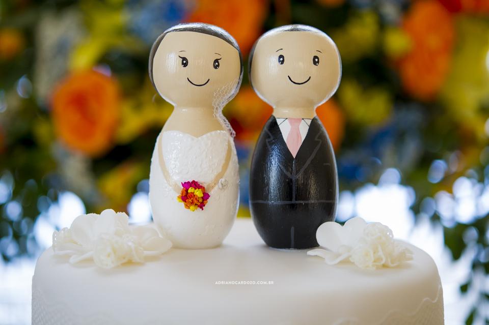Bolo de Casamento. Decoração de Casamento na Casuarinas. Casamento no RJ na Casa de Festas Casuarinas por Adriano Cardozo