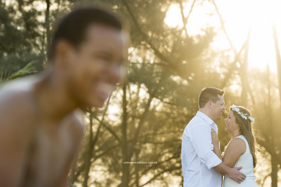 Ensaio de noivos na praia por Adriano Cardozo