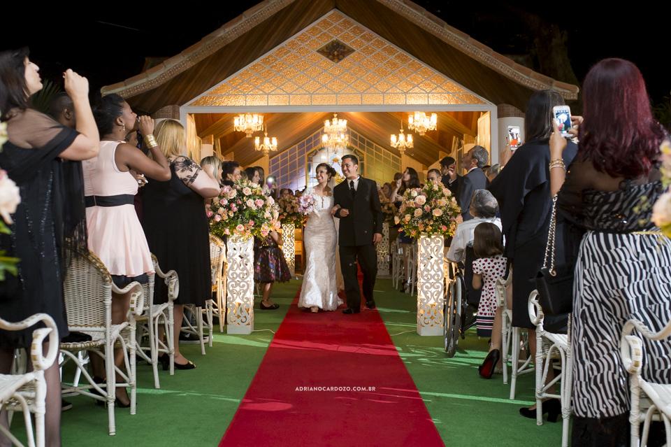 Cerimônia no Recanto dos Sonhos. Saída dos Noivos por Adriano Cardozo