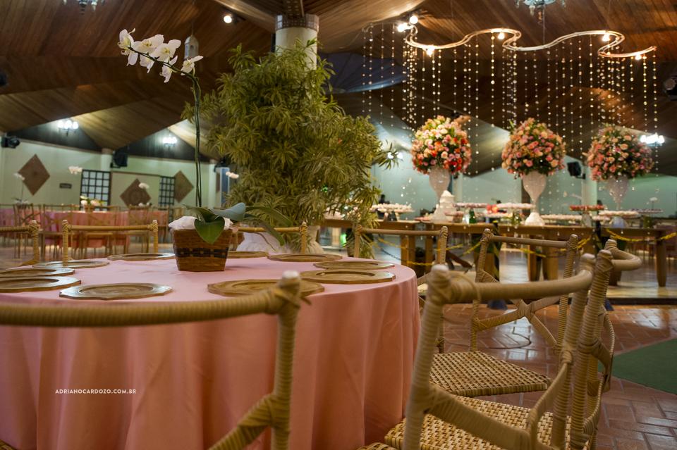 Festa de Casamento no Recanto dos Sonhos. Decoração por Adriano Cardozo