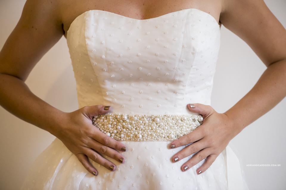 Making Of da Noiva. Vestido da Noiva. Casamento na Pedra do Sal no Rio de Janeiro por Adriano Cardozo
