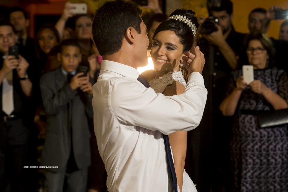 Dança dos Noivos. Festa de Casamento no Iate Clube Icaraí  por Adriano Cardozo