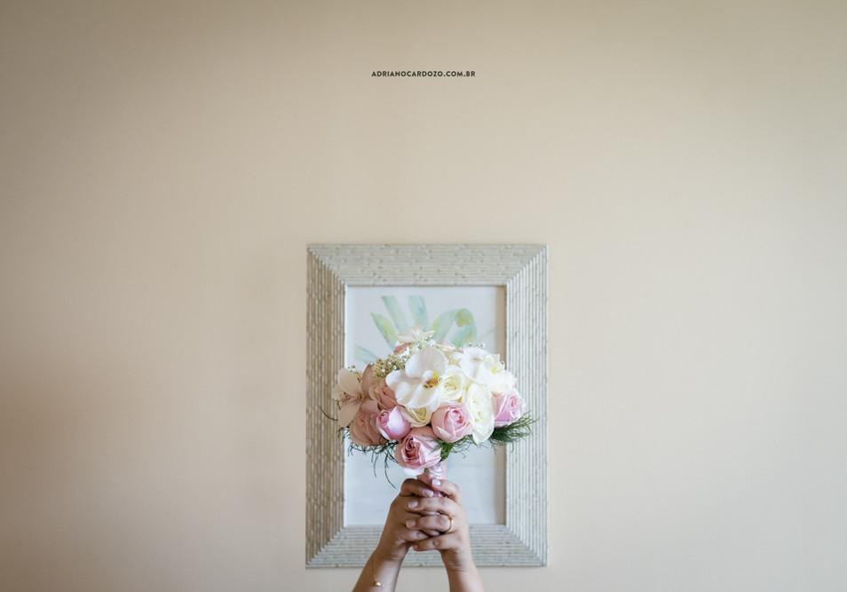 Buque da Noiva. Fotografia de Casamento RJ. Making Of da Noiva no Windsor Barra por Adriano Cardozo