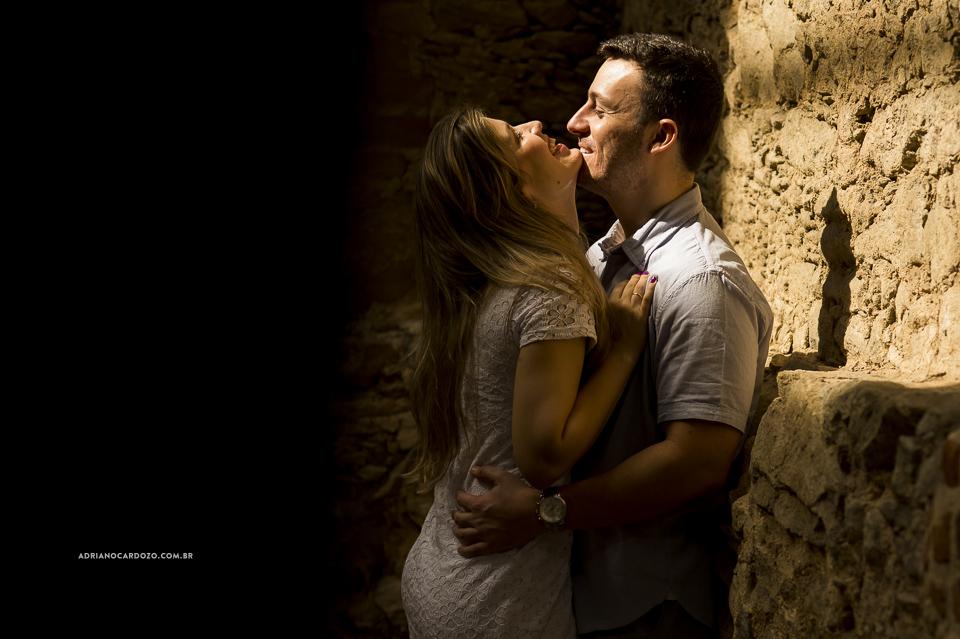 Ensaio de Casal, Pré-Wedding, no Parque das Ruínas por Adriano Cardozo
