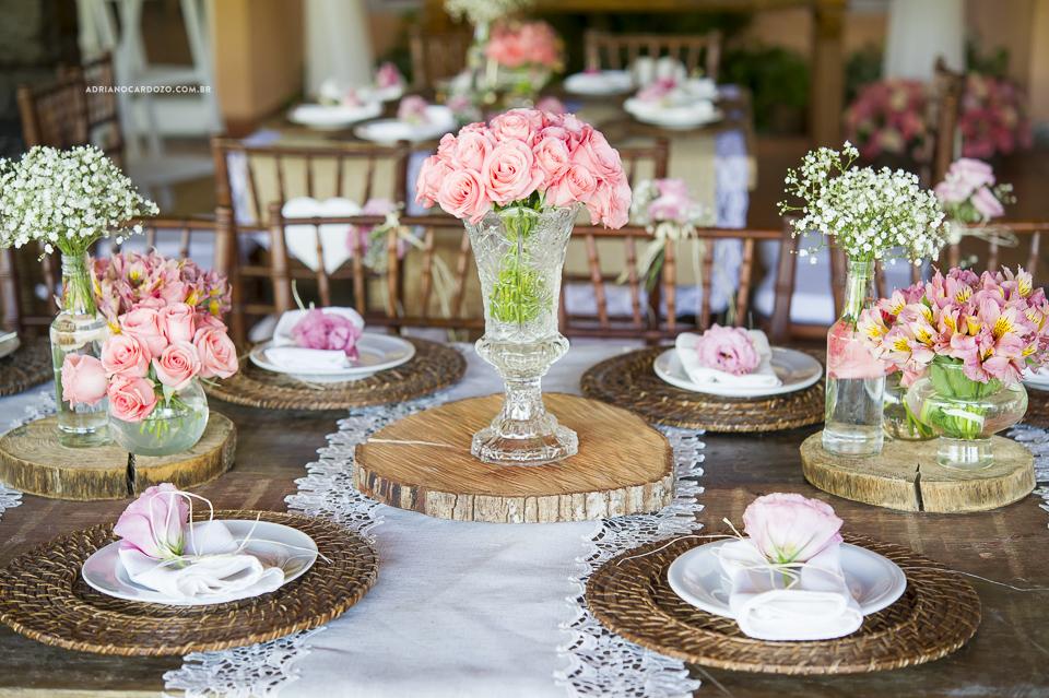 Casamento com Cerimônia de dia. Decoração. Fotografia de Casamento RJ. Casamento no Sítio Pedaço do Paraíso, por Adriano Cardozo.