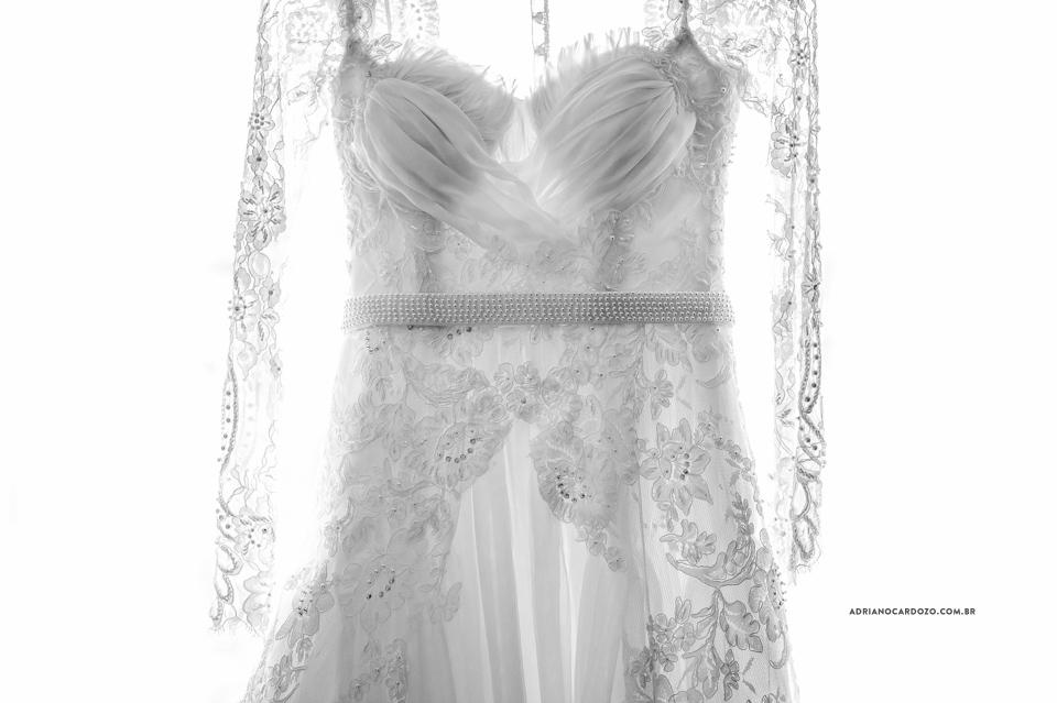 Casamento RJ. Vestido da Noiva. Making Of no Hotel Hilton por Adriano Cardozo