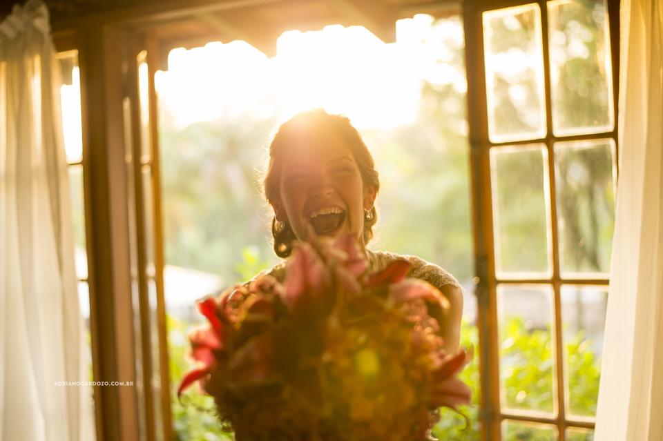 Fotografia de Casamento. Buquê da Noiva. Making Of no Garden Party por Adriano Cardozo