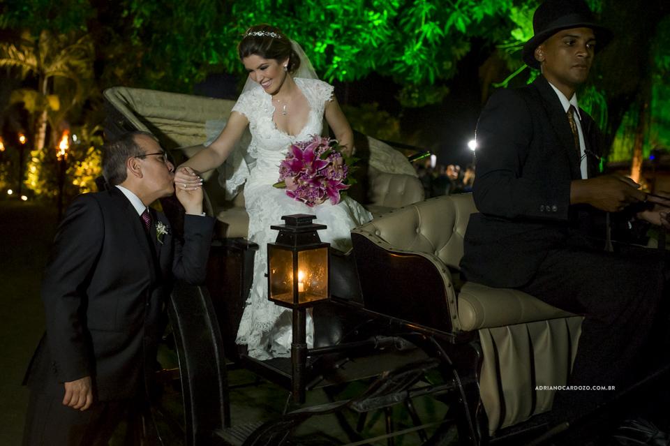 Fotografia de Casamento. Entrada do Noiva.  Cerimônia no Garden Party por Adriano Cardozo