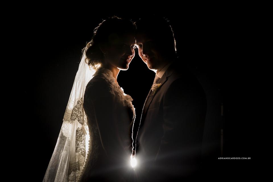 Fotografia de Casamento. Retrato dos Noivos.  no Garden Party por Adriano Cardozo