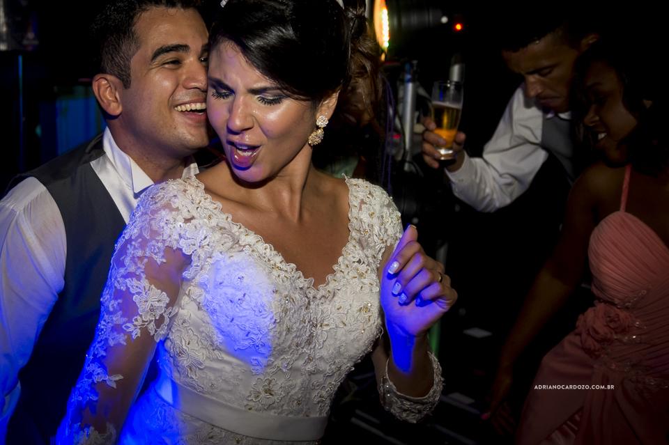 Fotografia de Casamento RJ. Festa no Jardim do Casarão por Adriano Cardozo.