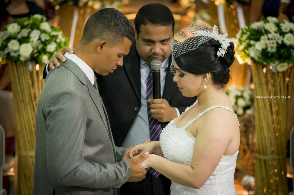 Fotografia de Casamento no Rio de Janeiro. Cerimônia na Igreja Metodista Central por Adriano Cardozo