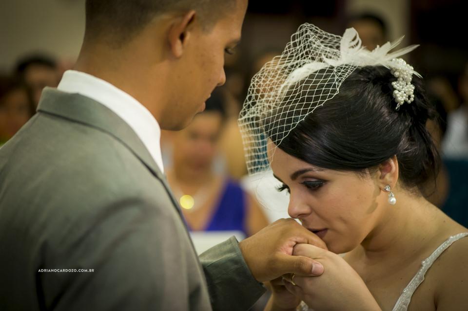 Fotografia de Casamento no Rio de Janeiro. Troca de alianças. Cerimônia na Igreja Metodista Central por Adriano Cardozo