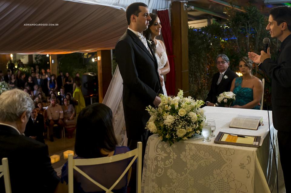 Fotos de Casamento RJ. Cerimônia de casamento na Casa do Alto por Adriano Cardozo.