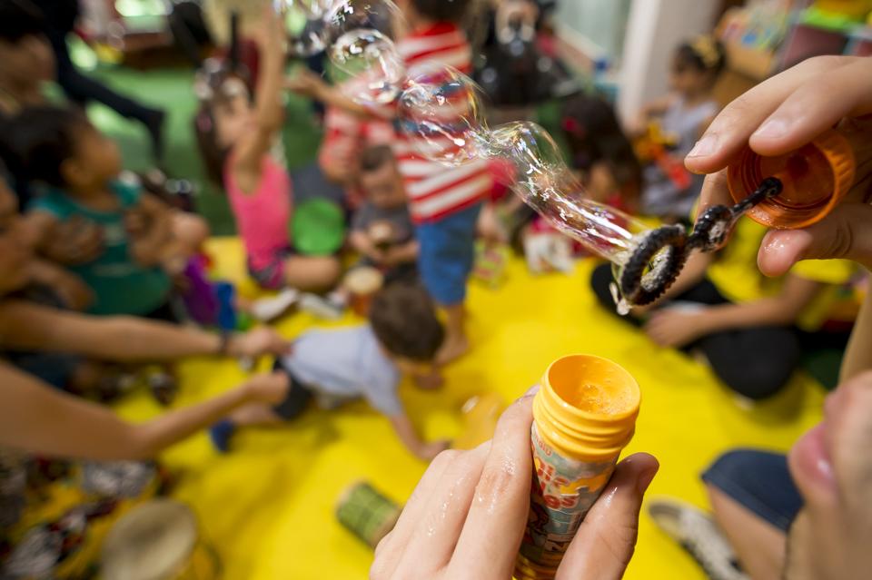 Fotógrafo de aniversario infantil. Aniversário no Quintal Buffet Infantil, em Botafogo, RJ por Adriano Cardozo.