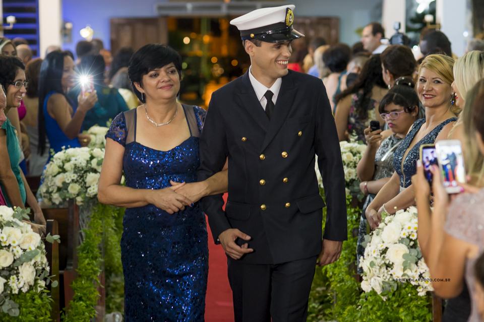 Casamento RJ. Cerimônia na Paróquia N. S. de Fátima, entrada do noivo por Adriano Cardozo.