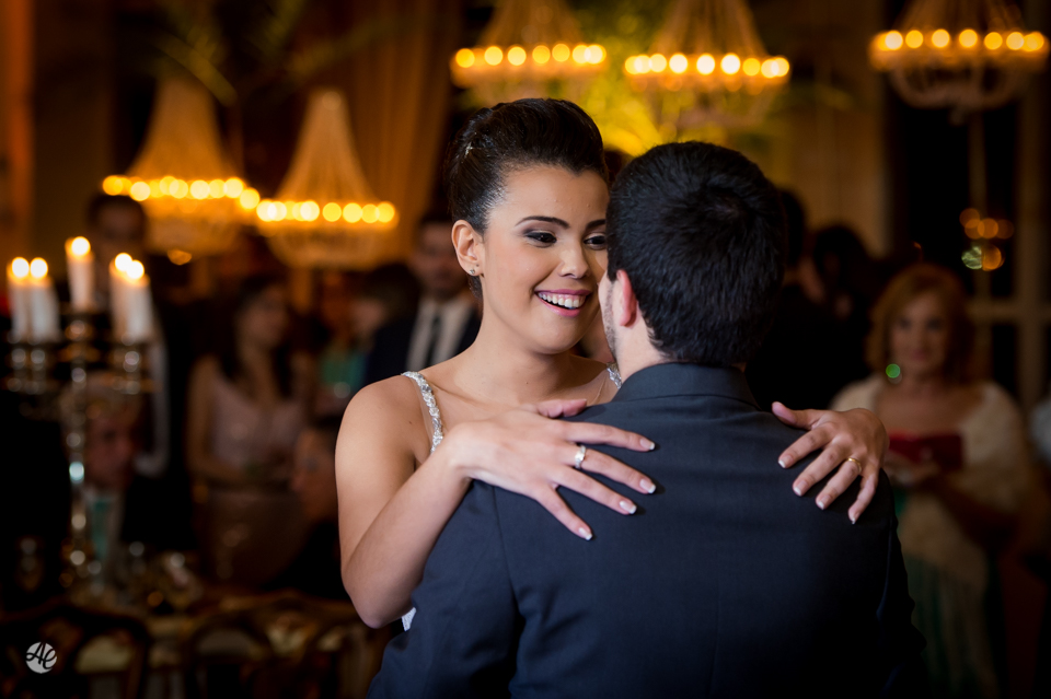 Casamento em Niterói, Rio de Janeiro. Festa no Iate Clube Brasileiro por Adriano Cardozo