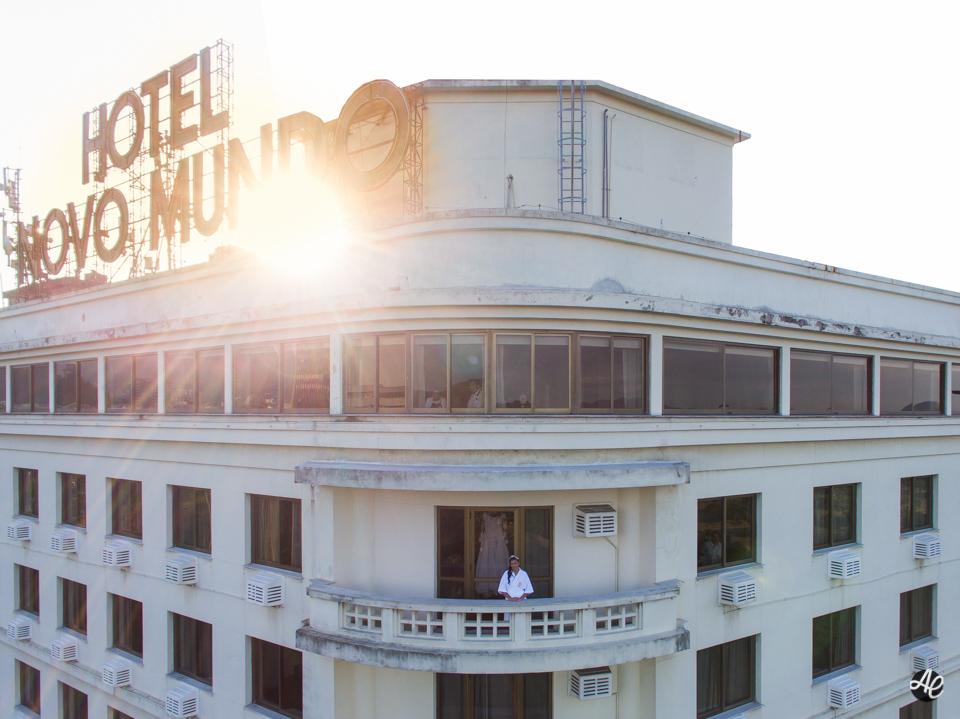 Por do sol durante o making of da noiva no hotel Nomo Mundo no Rio de Janeiro por Adriano Cardozo