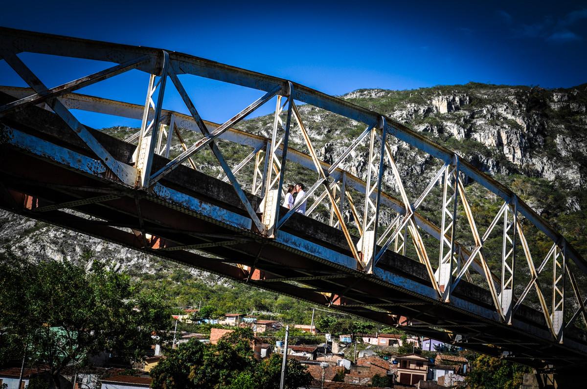 Casal na ponte de jacobina