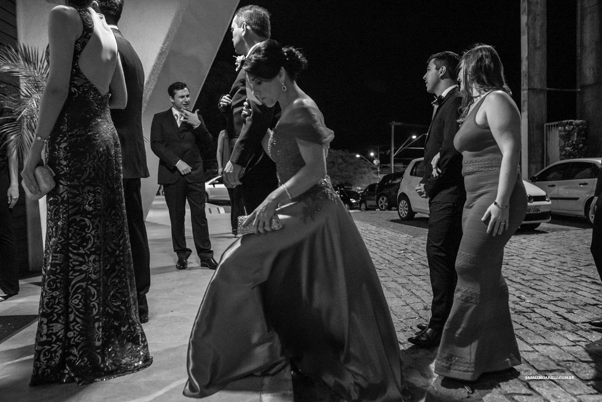 entrada do noivo padrinhos