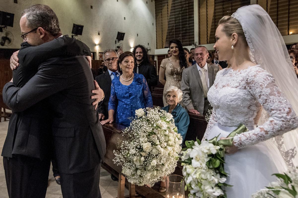 entrega da noiva para o noivo
