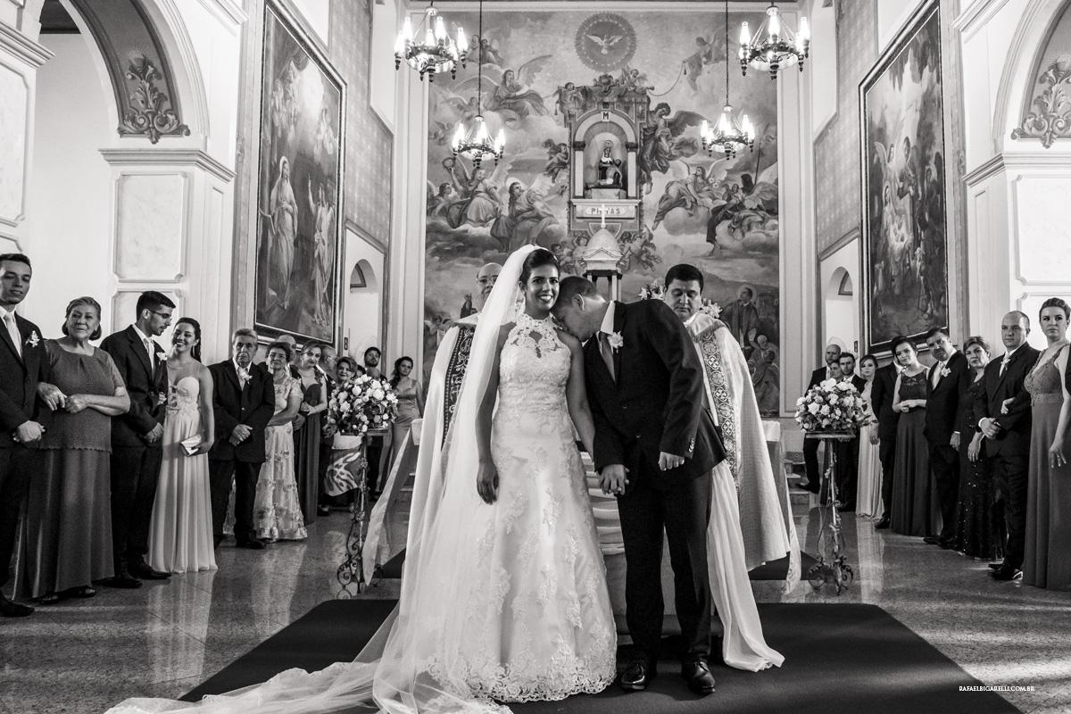 cerimonia igreja preto e branco casamento