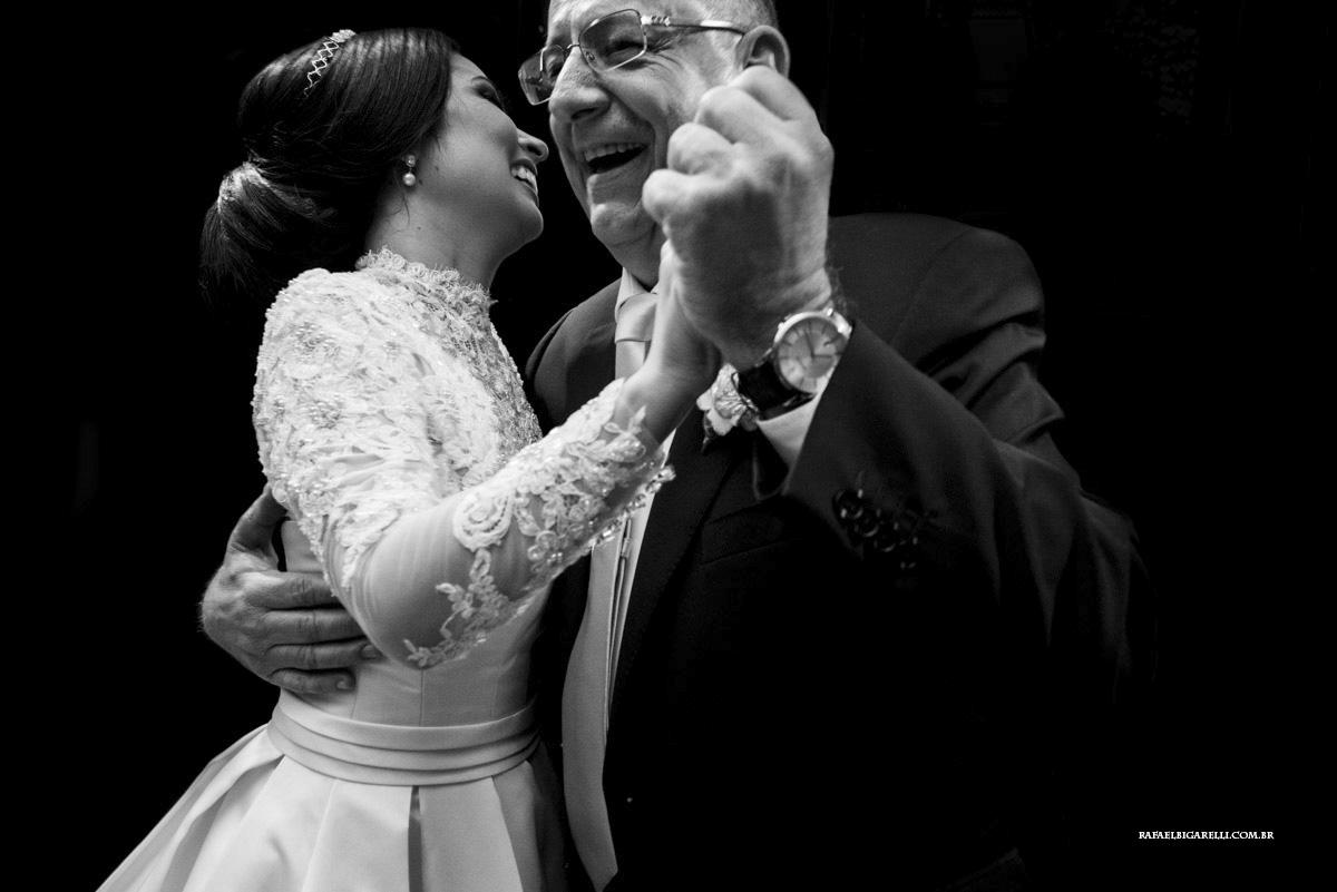 noiva dançando com o pai