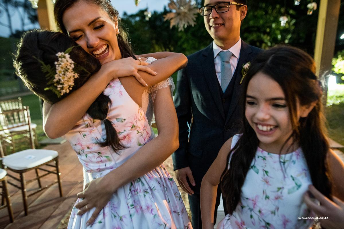 abraços noiva noivo crianças