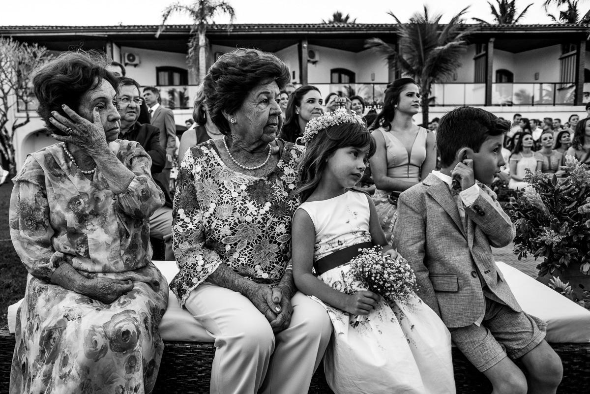 convidados de casamento preto e branco