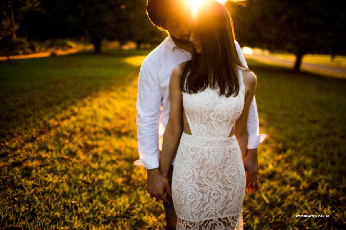 pre casamento no por do sol