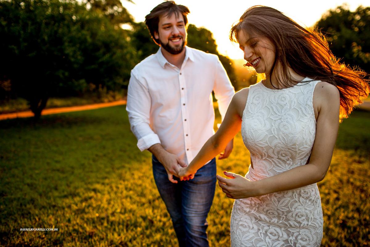 Capa do album das fotos do Pré - Wedding de Lari + Cauê