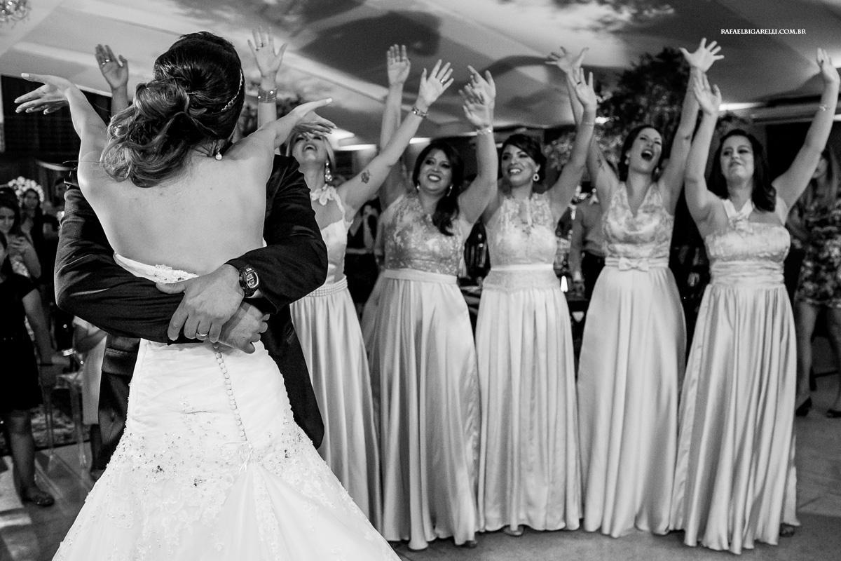 valsa dos noivos com as madrinhas
