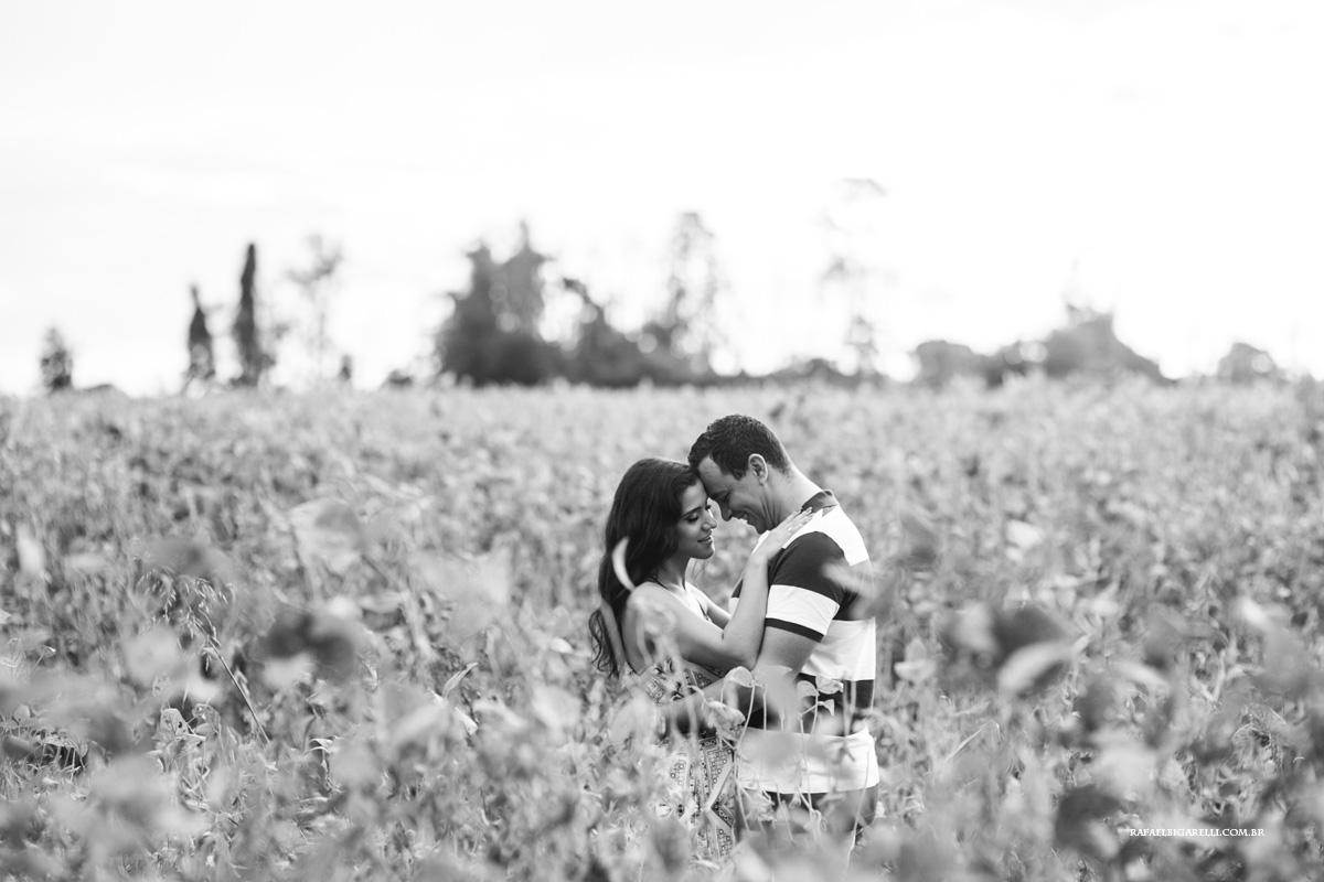foto romantica de pre wedding